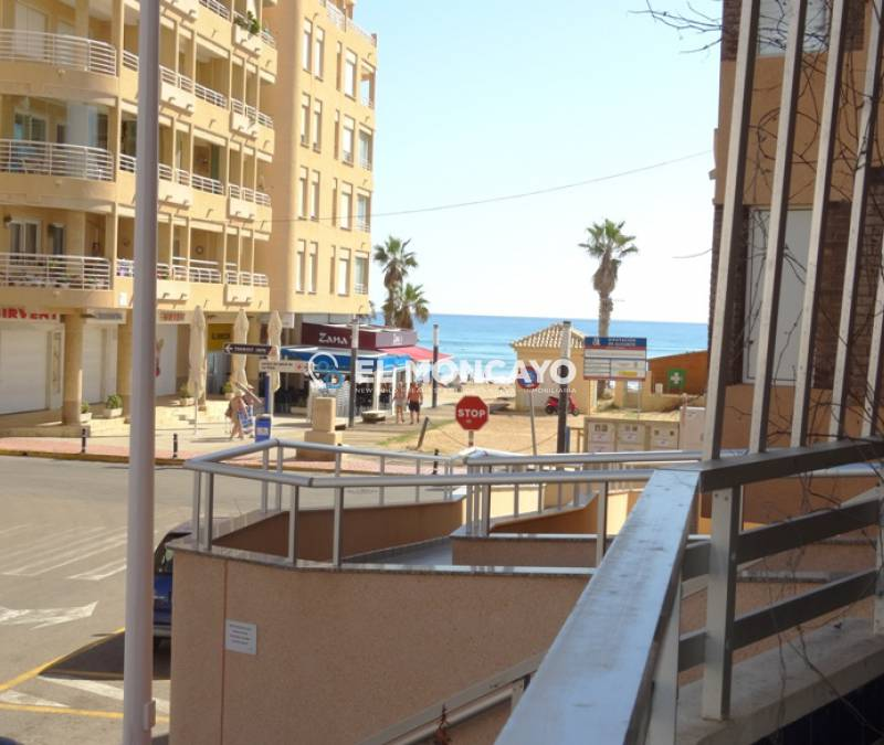 Apartment - Sale - La Mata - La Mata