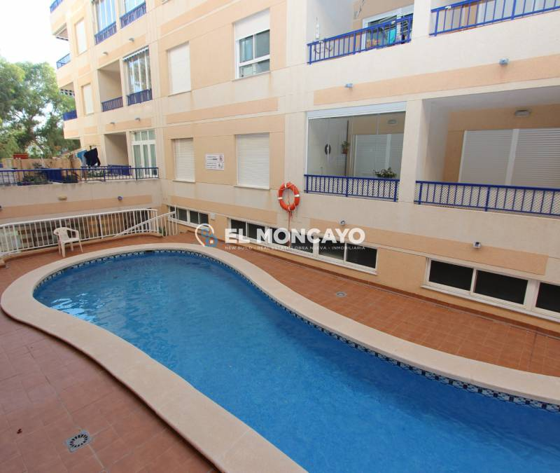 Appartement - A Vendre - Guardamar del Segura - Centre