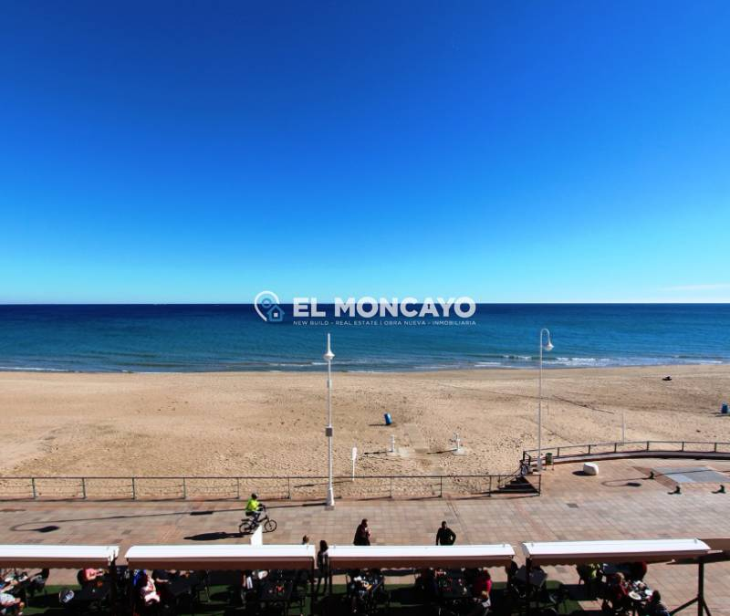 Appartement - A Vendre - Guardamar del Segura - Plage
