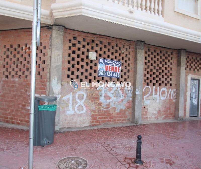 Business premises - Sale - Guardamar del Segura - Beach