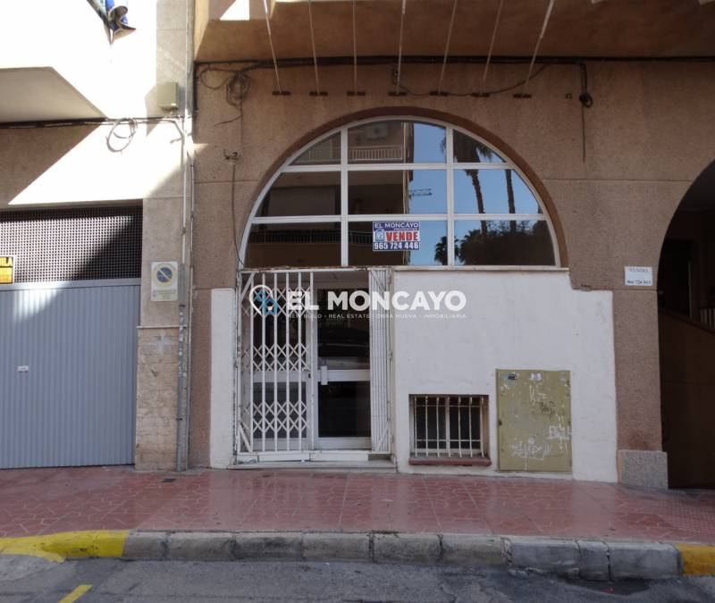 Local commercial - A Vendre - Guardamar del Segura - Centre