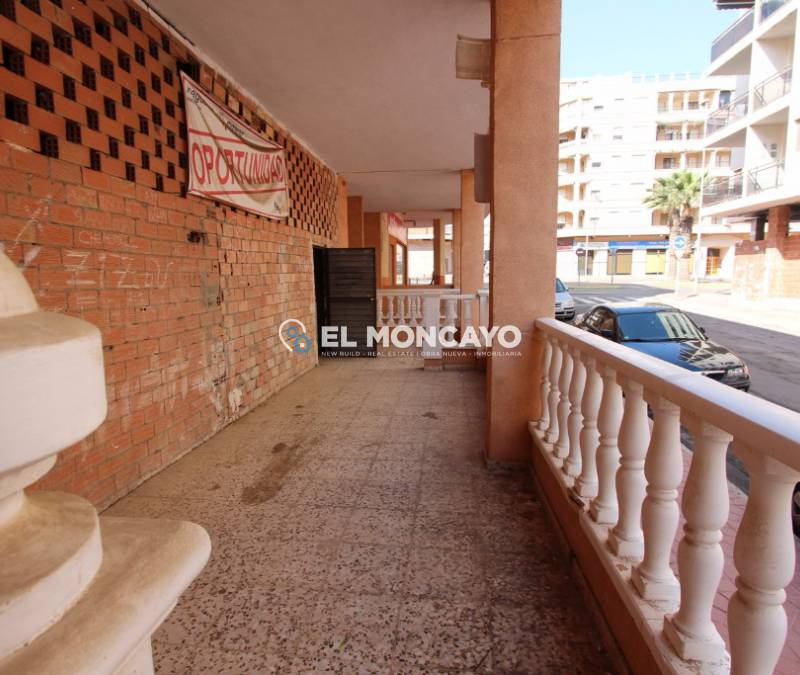 Local commercial - A Vendre - Guardamar del Segura - Plage