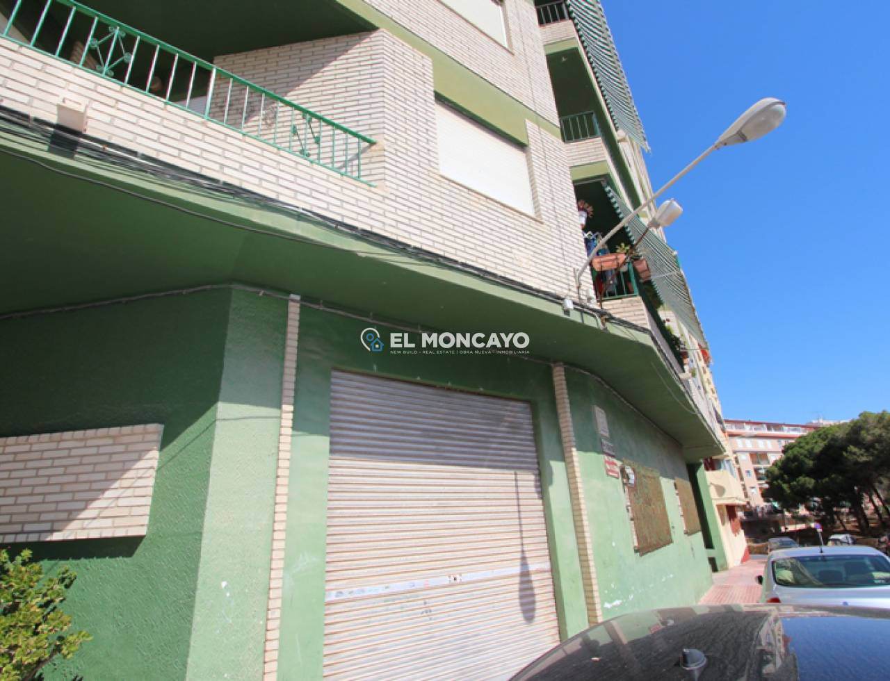 Reventa - Local comercial - Guardamar del Segura - Centro