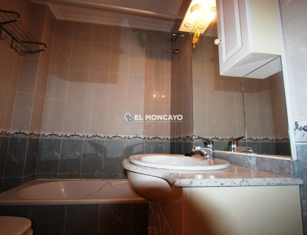 Sale - Apartment - Guardamar del Segura - Center