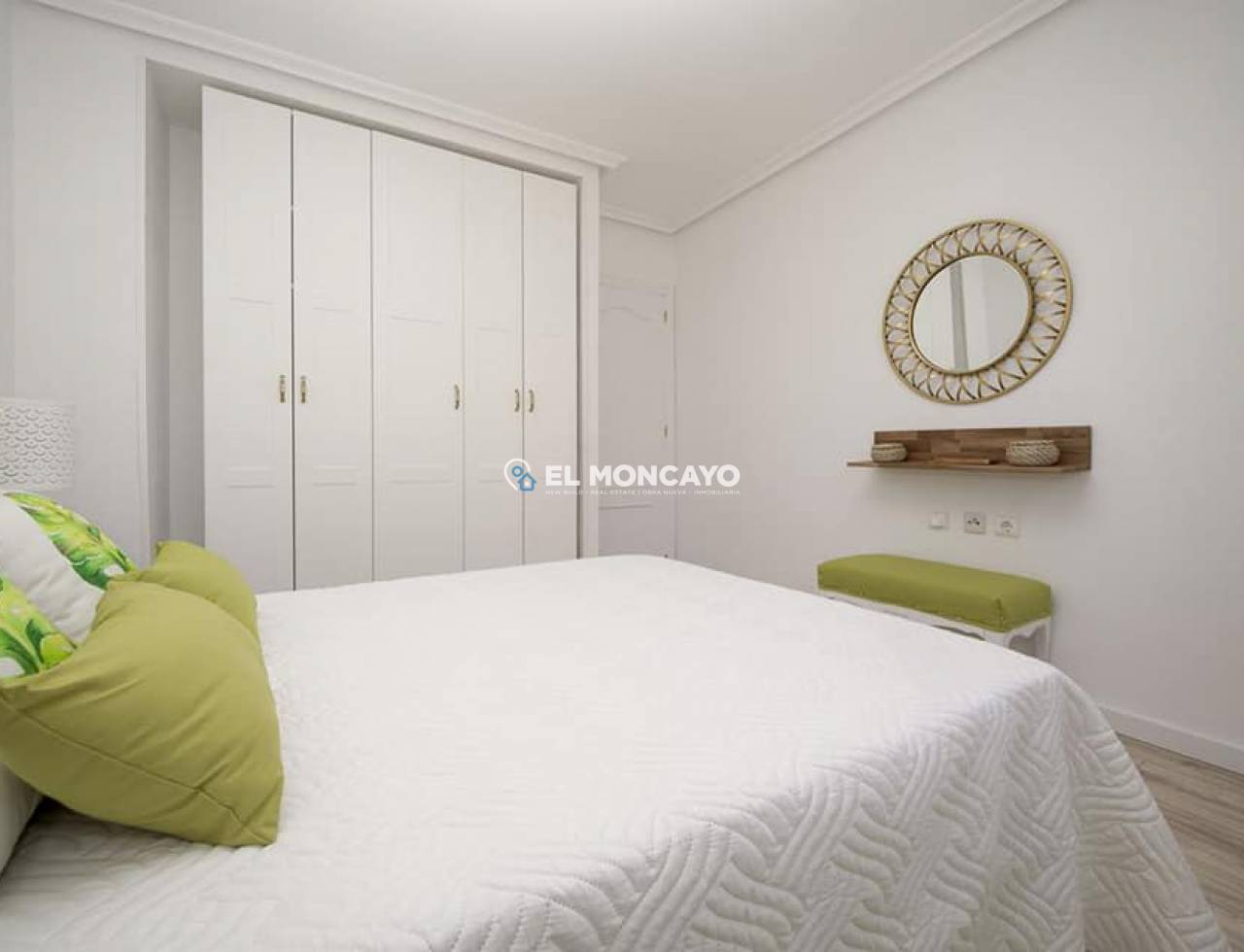 Sale - Apartment - Torrevieja - Centro