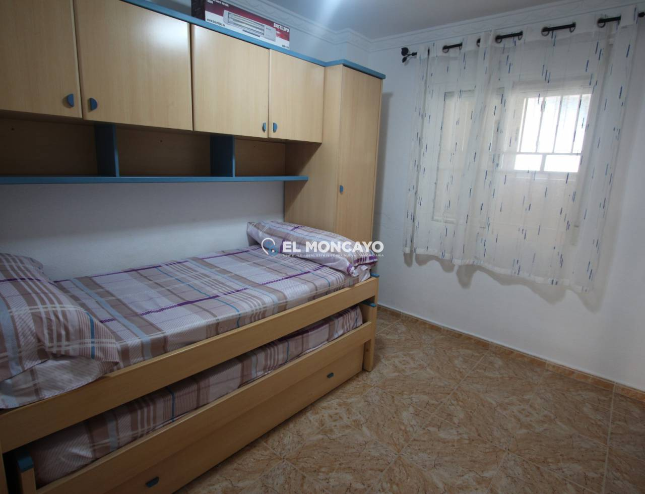 Sale - Bungalow - Guardamar del Segura - Beach