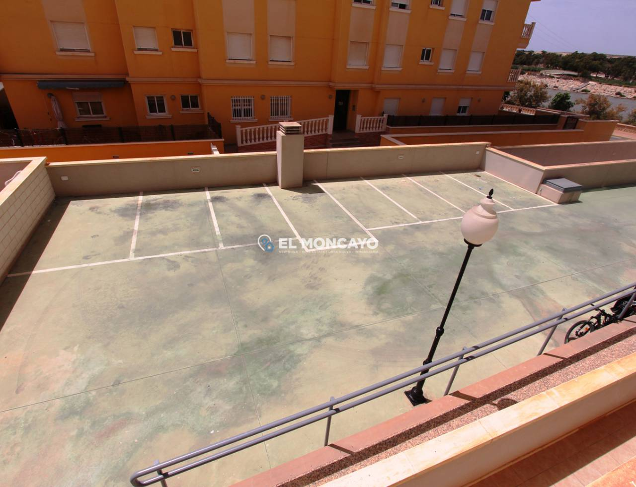 Sale - Bungalow - Guardamar del Segura - SUP 7 - Sports Port