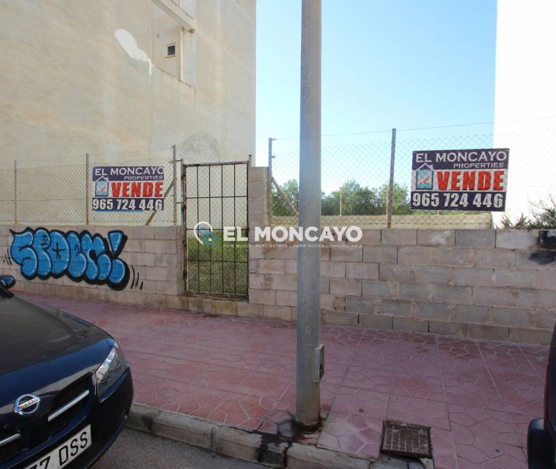 Urban lot - Sale - Guardamar del Segura - Center
