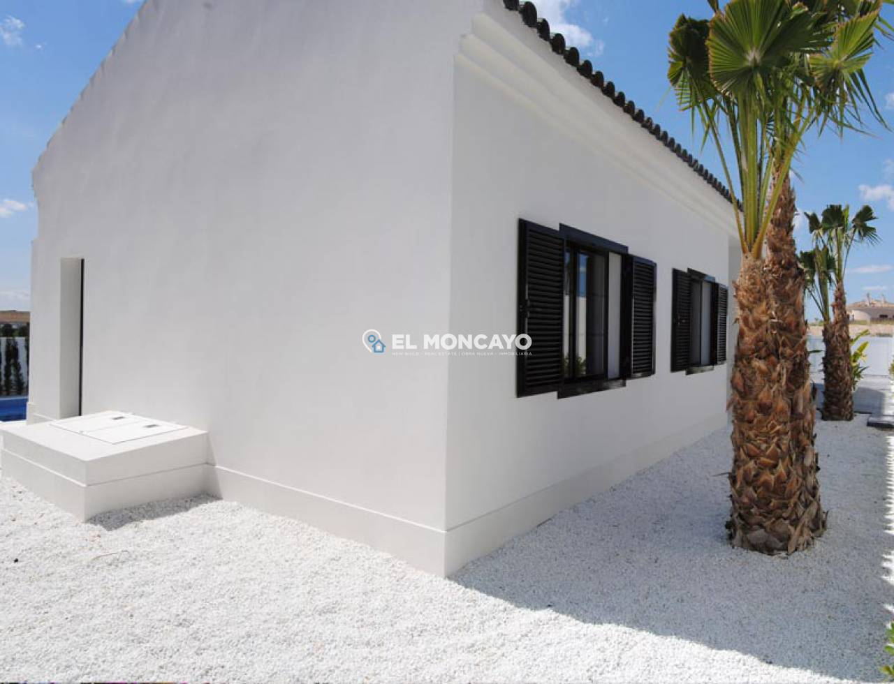 Villa new construction to 4 km from the beach (28)