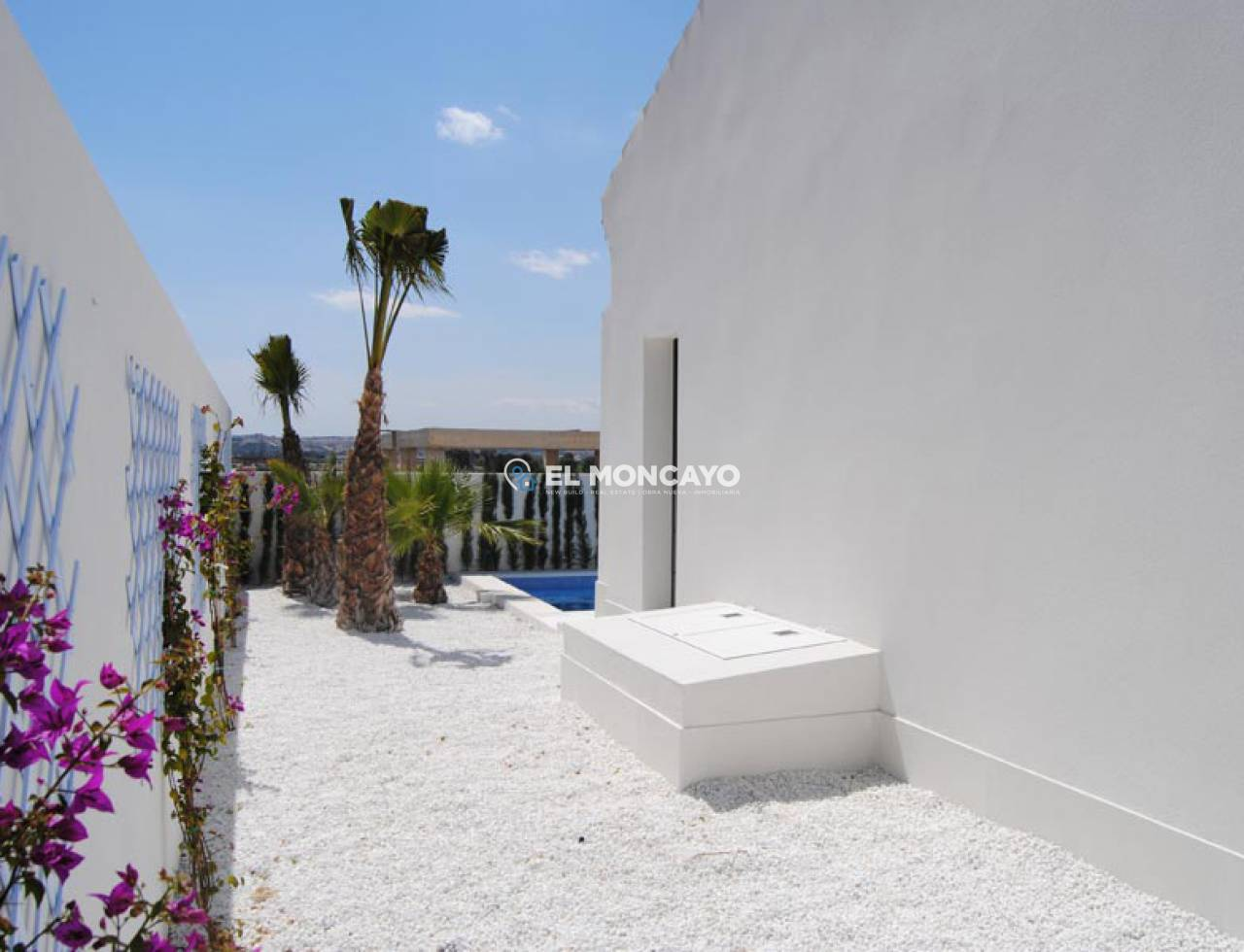 Villa new construction to 4 km from the beach (29)