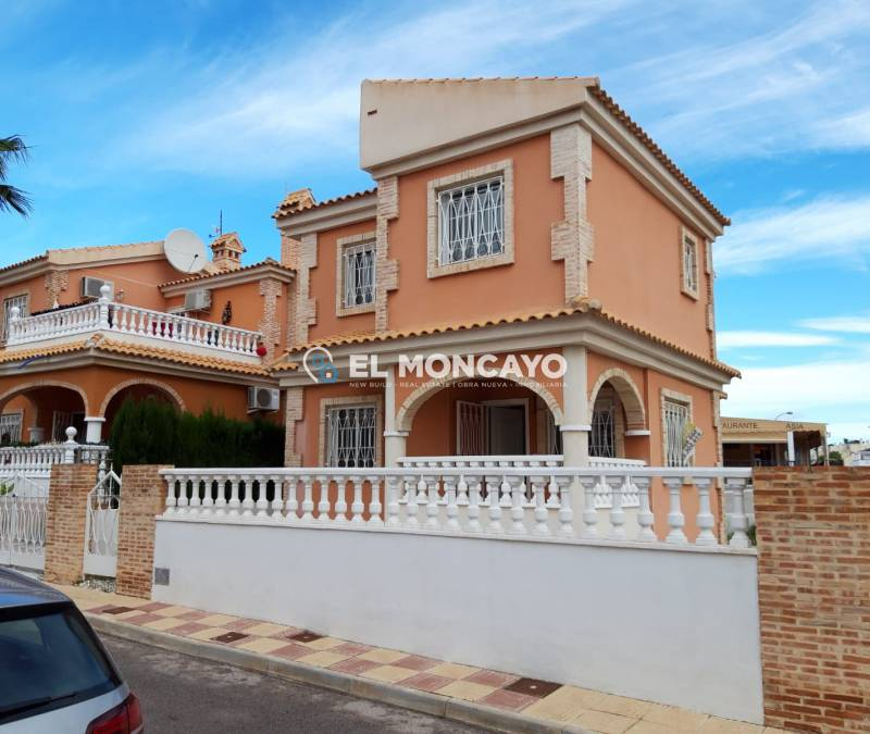 Villa - Sale - Playa Flamenca - Playa Flamenca
