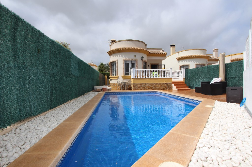 Ref:Emp 3306 Villa For Sale in Guardamar del Segura