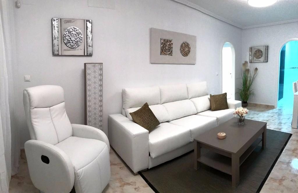 For sale: 2 bedroom apartment / flat in La Marina