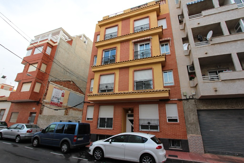 Ref:Emp 3895-XCVDK-61 Apartment For Sale in Guardamar del Segura