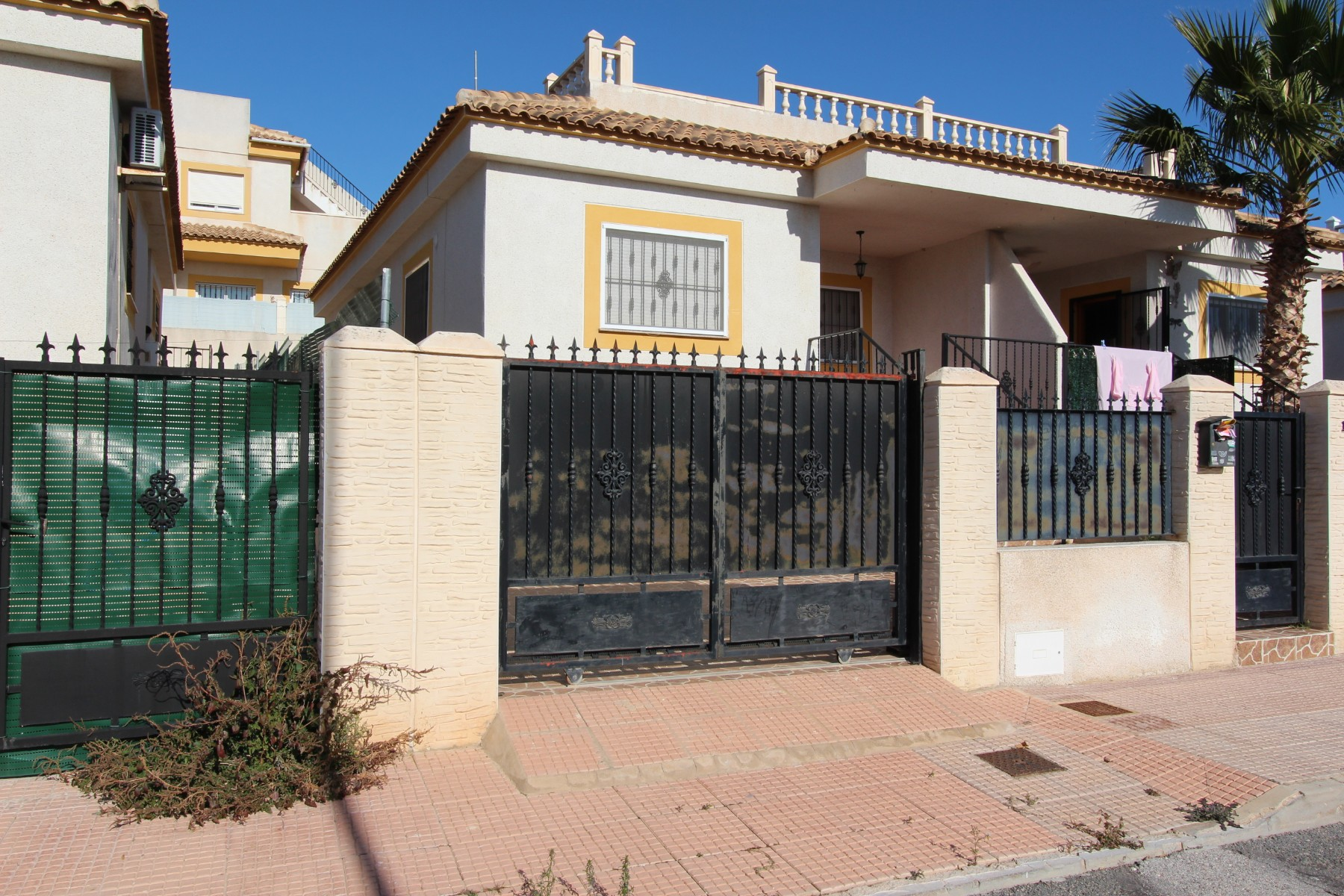 Ref:Emp 4375-DK-117 Townhouse For Sale in La Marina